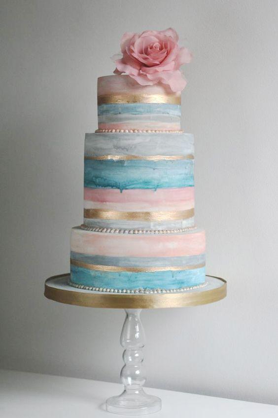 كعكات زفاف بألوان وتصميمات مميزة لزفاف لا مثيل  له حصري 2017 331610700.jpg