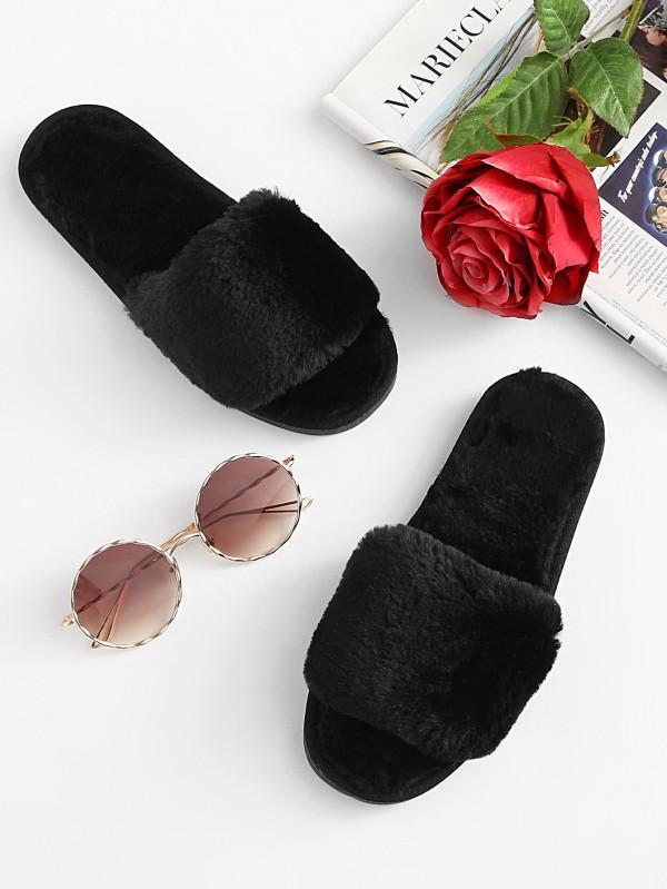 احذية بيتي شتوية تمنحك اطلالة انثوية دافئة في شتاء 2018 حصري 100899787.jpg