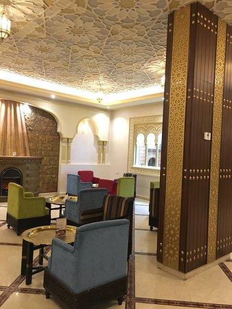موقع ورقم تليفون مطعم ولاونج المنارة الرياض 156449095.jpg
